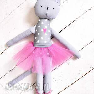 niesztampowe lalki balet koteczka.