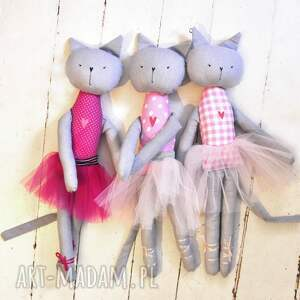 balet lalki różowe koteczka.