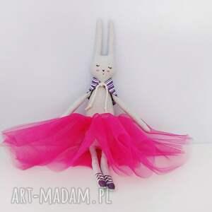 różowe lalki baletnica króliczek
