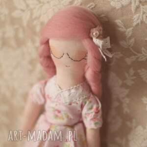 gustowne lalki lalka kwiatowa bajka - różyczka