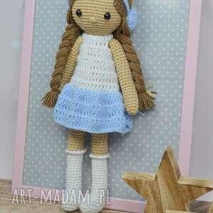 białe lalki lala zuzia błękitna