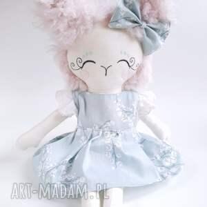 białe lalki lalka alpaka2