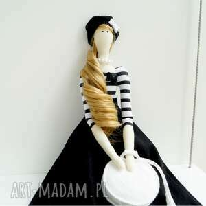 Kuferek Malucha lalki: Lalka glamour dziewczynka