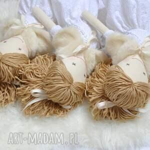 efektowne lalki lalka hand made w białej sukience