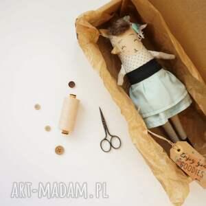 frapujące lalki przytulanka lalka handmade z tkaniny - kira