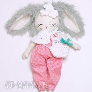 białe lalki lalka króliczka