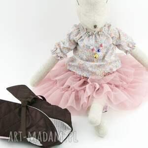 lalka sarenka lalki różowe len, w falbaniastej