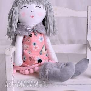 lalki pomysł-na-prezent lalka szmacianka w szarych włosach