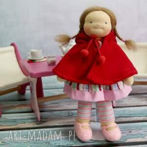 białe lalki lalka waldorfska pusia czerwony