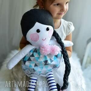 lalki: Lalka z warkoczem w sukience - ręczne wykonanie pomysł-na prezent