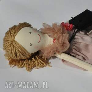 różowe lalki lalka lisa w pudrowej sukience
