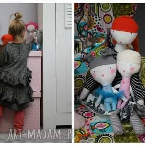 lalka lalki różowe mała baletnica. kieszonkowa