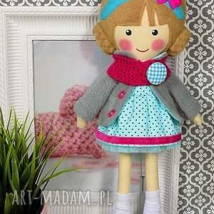 hand-made lalki lalka malowana lala nina z wełnianym