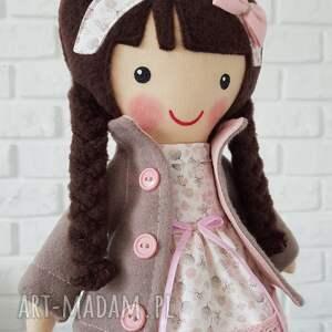 brązowe lalki przytulanka malowana lala patrycja