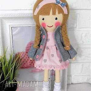 lalka lalki różowe malowana lala laura z szalikiem