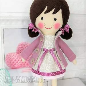 lalka lalki brązowe malowana lala frania z wełnianym