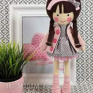 przytulanka lalki malowana lala magdalena z wełnianym
