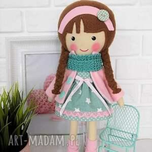 zabawka lalki malowana lala klaudia z wełnianym