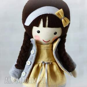 brązowe lalki zabawka malowana lala mela w lnianej