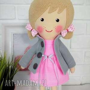 beżowe lalki zabawka malowana lala aśka z szalikiem