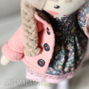 szare lalki zabawka malowana lala malwinka