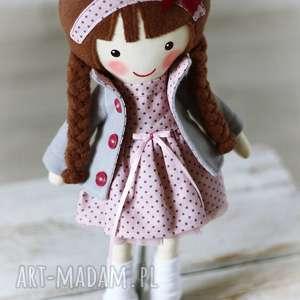 brązowe lalki zabawka malowana lala amelia