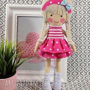 różowe lalki zabawka malowana lala melania