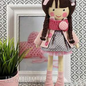 różowe lalki lalka malowana lala magdalena z wełnianym