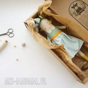 Mimi Monster lalki: zabawka