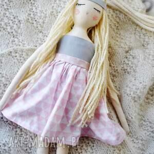 różowe lalki lala pani