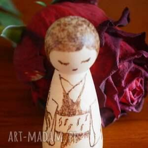 ręcznie zrobione lalki kokeshi smocza dziewuszka