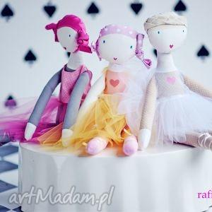 beżowe lalki szmacianka sofia baletowa. lalka z sercem.