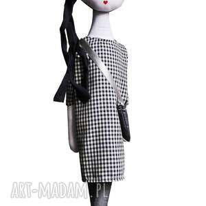 lalka lalki czarne sukienka w pepitkę / outfit