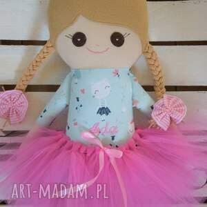 atrakcyjne lalki szmaciana laleczka