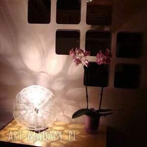 czarne lampy prezent lampa z małych kubków pet