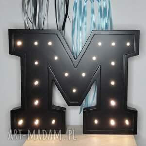 Podświetlana Literka M - światełko lampka
