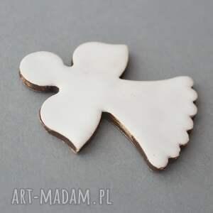 pomysł na świąteczny prezent minimalizm aniołek magnes ceramiczny