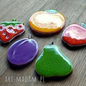 magnesy gruszka ceramiczne owoce na magnes