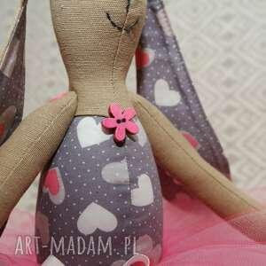 baletnica maskotki różowe serduszko