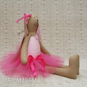 handmade maskotki baletnica w nowej różowej spódnicy