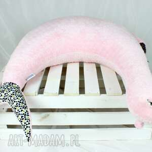 unikalne maskotki poduszka foka rebeka blush serca -