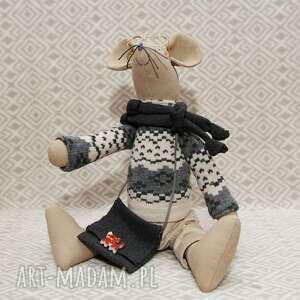 ręcznie wykonane maskotki kot gryzoń luzak węzełek