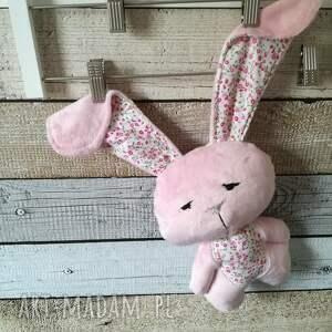 handmade maskotki narodziny króliczek do tulenia