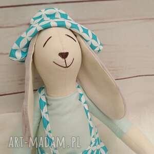 intrygujące maskotki króliczek tilda przytulanka