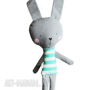 wyjątkowe maskotki królik kieszonkowy, w tiszerku
