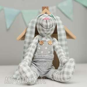 maskotki królik miś z imieniem