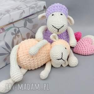 białe maskotki zabawka owieczka matylda