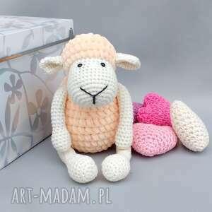beżowe maskotki zabawka owieczka matylda
