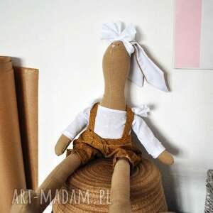 tilda maskotki brązowe pani królik z imieniem