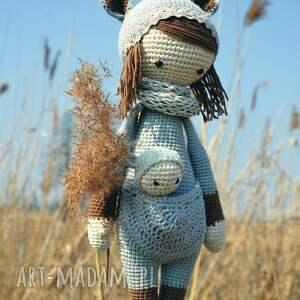 handmade maskotki szydełko piękna szydełkowa lala z bobaskiem